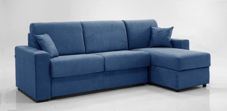 Divani moderni 10 modelli dal design pratico e funzionale for Divani moderni con chaise longue