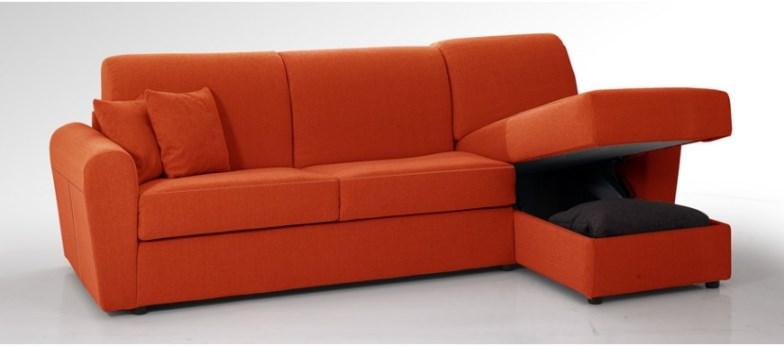 Le mille virt del divano con chaise longue for Rivestire un divano quanto costa