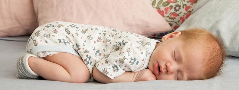 Materassi per divano letto misure assortite - Divano letto comodo per dormire ...