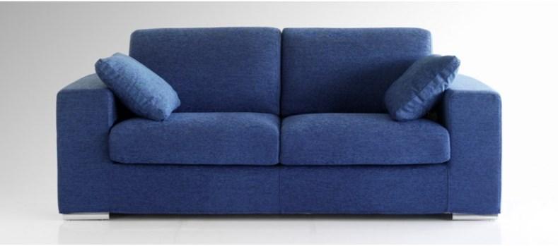 Divani in tessuto: un sofà per tutta la famiglia