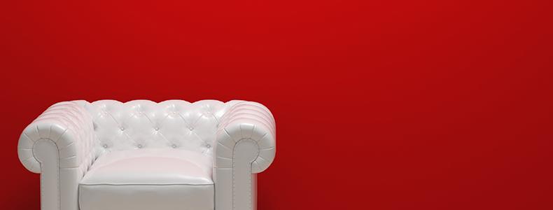 Come pulire il divano in pelle bianca for Rivestire divano